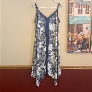 Small Shoreline dress. Great swimwear coverup